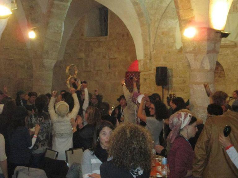 Israel tukar masjid kelab malam