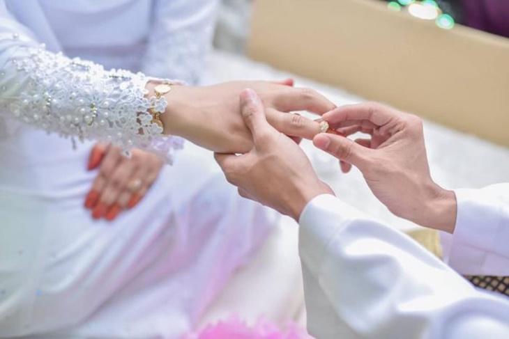 Hukum Panggil Pasangan 1