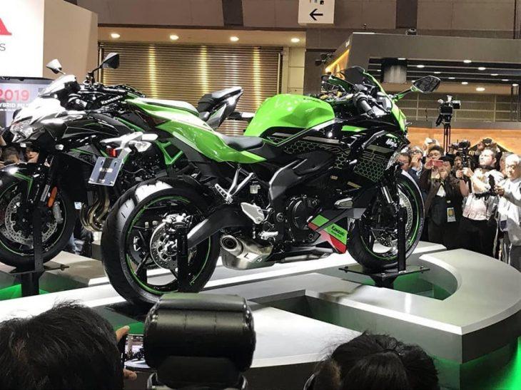 Kawasaki Ninja ZX-25R 2