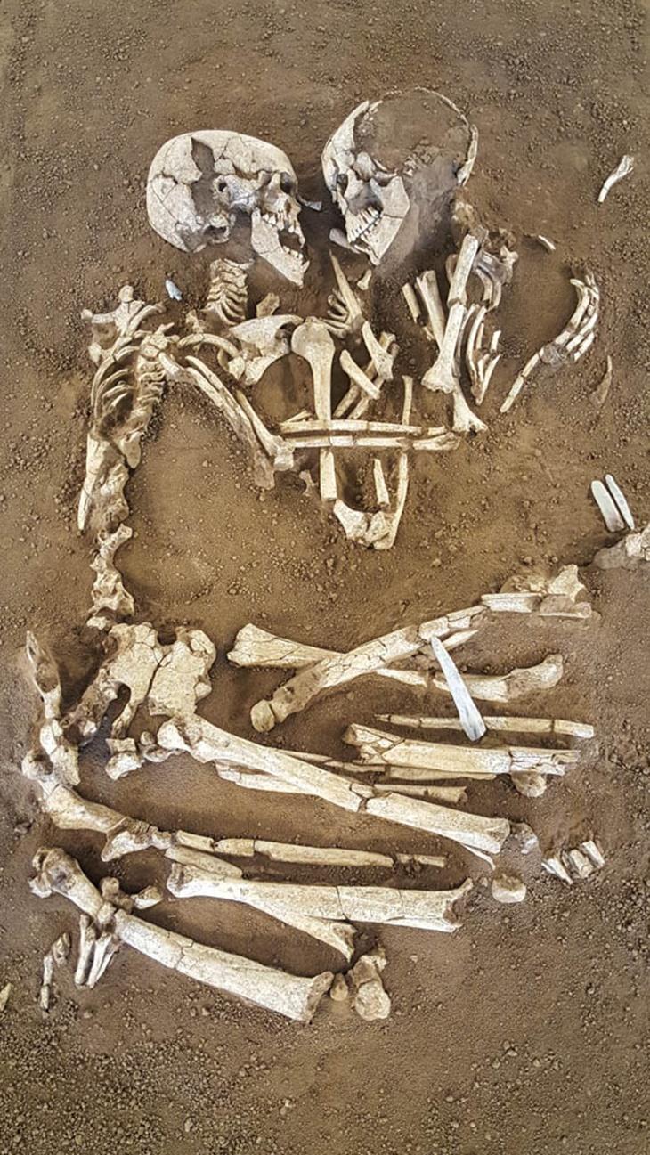 Pasangan Purba 6000 Tahun