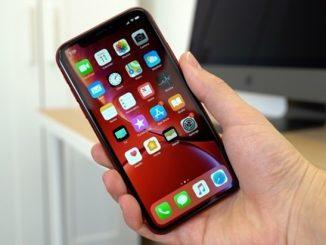 1 Apple iPhone 12 2020