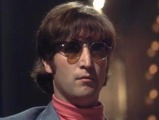 Cermin Mata Ikonik John Lennon Dibida Dengan Nilai Lebih RM800 Ribu 1