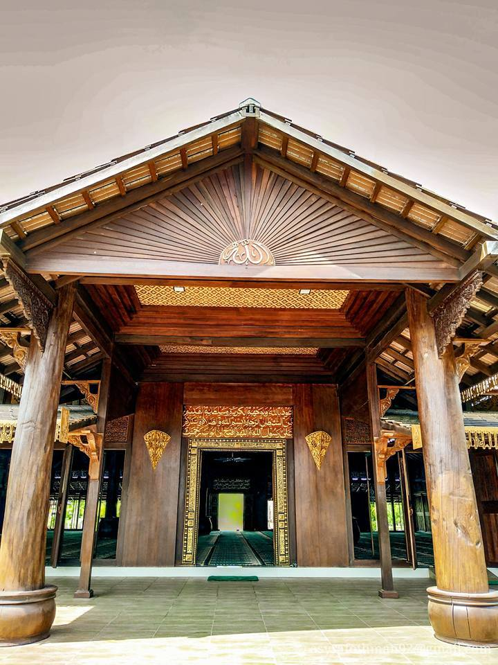 Dibina Di Tengah Pulau Ini Kisah Di Sebalik Seni Bina Memukau Masjid Pulau Gajah