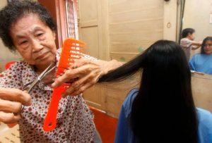 Toknya Tawar Gunting Rambut RM2.50