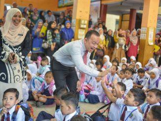 Maszlee Malik Letak Jawatan Menteri Pendidikan