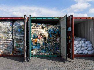Malaysia Hantar Pulang Sampah 1