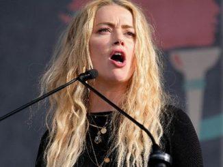 Amber Heard Pukul Johnny Depp