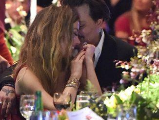 Johnny Depp Hantar Mesej Ugutan Pada Amber