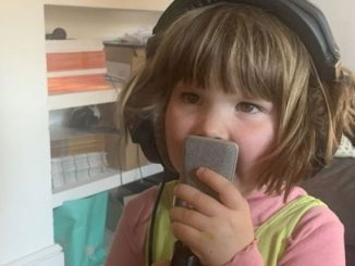 Kanak-Kanak 4 Tahun Hasilkan Lagu Dinasour Terima Penghargaan Pakar Muzik 1