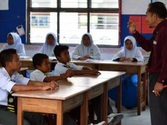 Pelaksanaan PPSMI Ditentang Jejas Prestasi Pelajar