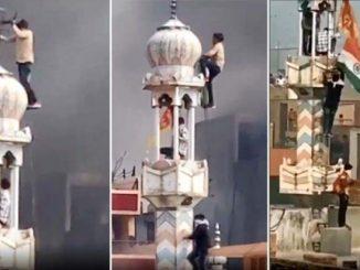 Kumpulan Ekstremis Bakar Masjid Di Delhi 2