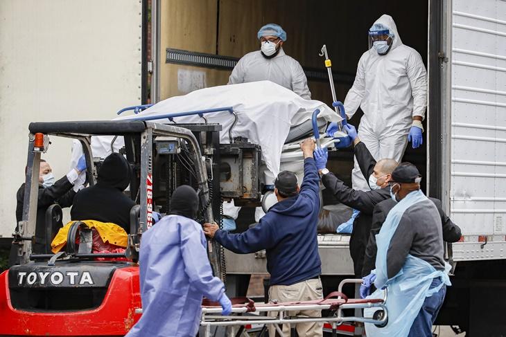 Dakwa Diri Lihat Bagaimana Amerika Syarikat, Itali Dan Sepanyol Urus Lambakan Mayat Korban COVID-19