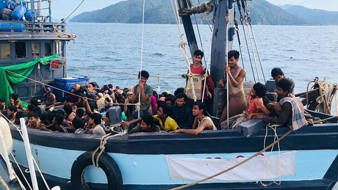 Rohingya Mati Kelaparan Atas Bot