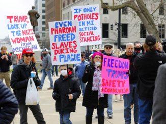 AS Protes Kuarantin