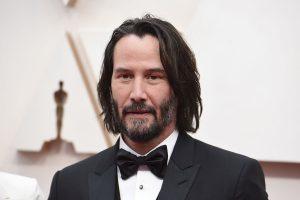 Bidaan Temu Janji Panggilan Video Bersama Keanu Reeves Kini Sudah Mencecah RM80,000