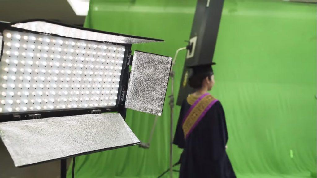 Istiadat Konvokesyen UiTM Diteruskan Dengan Penggunaan Teknologi Skrin Hijau Undang Reaksi Tidak Senang Graduan 2