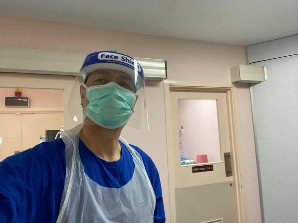 Tiada Lagi Sidang Media COVID-19 Mulai Minggu Hadapan, Dr Noor Hisham Sempat 'Curi' Masa Lakukan Pembedahan Pesakit 1