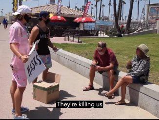 Pelitup Muka Pembunuh Amerika