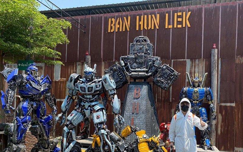 Replika Besi Buruk Di Thailand