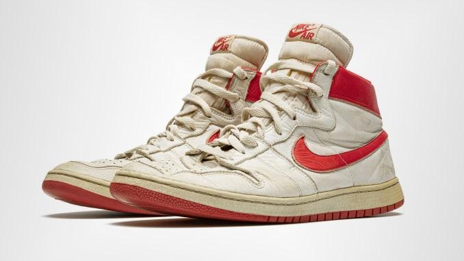 Kasut Michael Jordan Catat Sejarah Terjual Dengan Harga RM2.5 Juta 1
