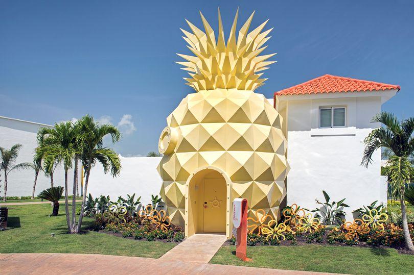 Lihat Reka Bentuk Rumah SpongeBob Dalam Dunia Sebenar 2