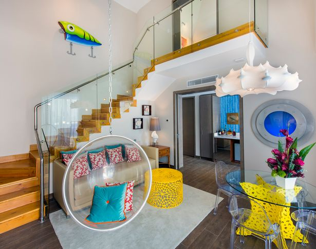 Lihat Reka Bentuk Rumah SpongeBob Dalam Dunia Sebenar