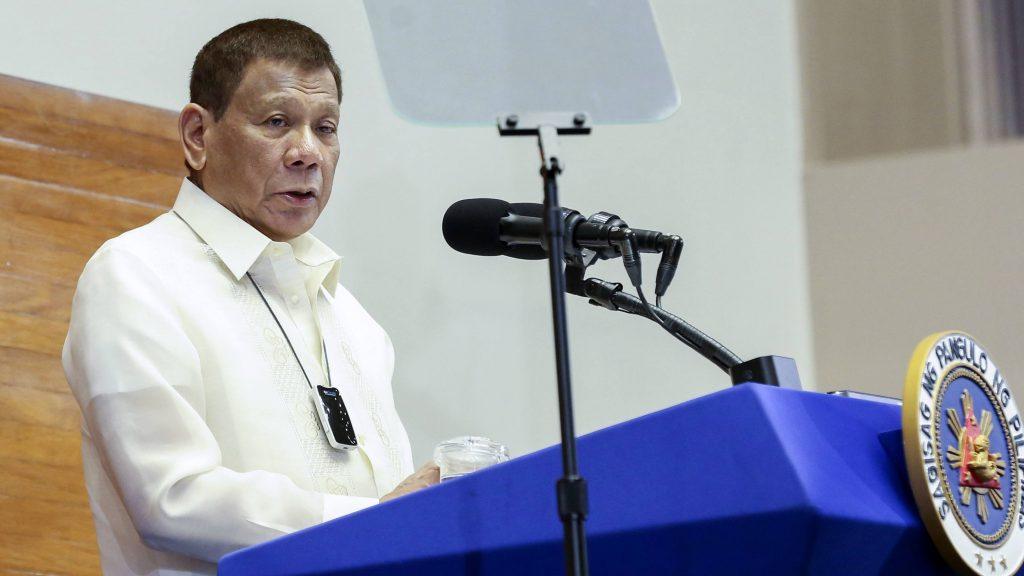 Presiden Filipina Tidak Bergurau, Saran Rakyat Miskin Cuci Topeng Muka Guna Minyak Tanah 1
