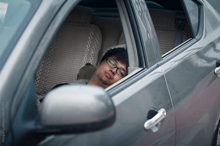 3 Daripada 4 Mangsa Terkorban, Ini Risiko Yang Wajib Anda Tahu Tentang Tabiat Tidur Dalam Kereta 4