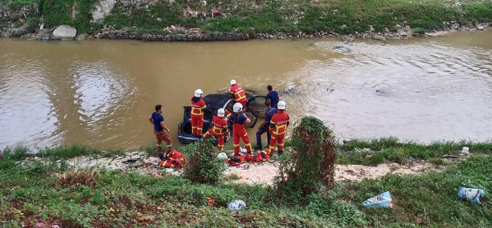 Bomba Cemas Tak Jumpa Mangsa Dalam Operasi Menyelamat, Rupanya Pemandu Sempat Tidur Dulu Di Rumah 1