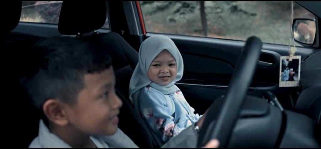 Baca Buku Simpulan Bahasa Masa Dating, Babak Video Parodi MV Peluang Kedua Curi Perhatian