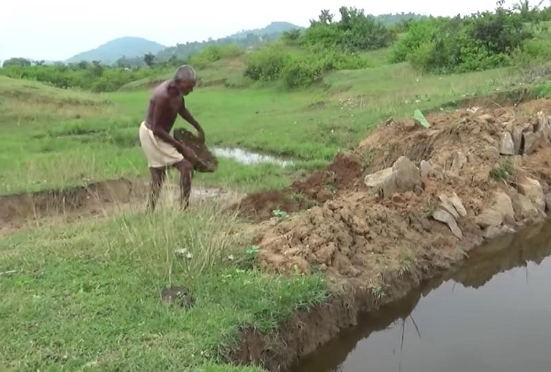 Gali Tanah 30 Tahun Buat Terusan