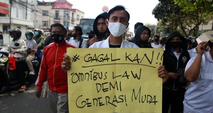 3 Sebab Utama 'Omnibus Law' Di Indonesia Cetus Protes Secara Besar-Besaran 2