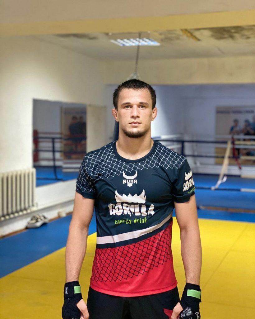 Atlet Muslim MMA Penerus Legasi Khabib