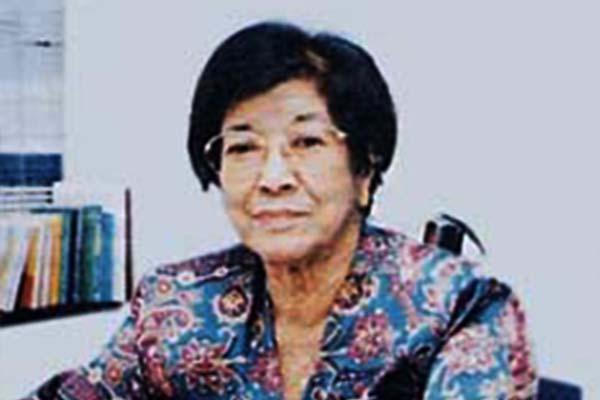 Tan Sri Dato' Dr. Salma Ismail Wanita Melayu Pertama Yang Bergelar Doktor Di Malaysia
