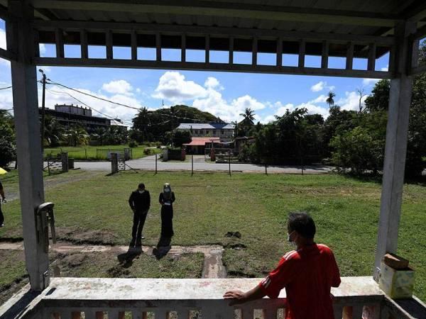 Batu Nisan Dinasti Qing Ditemui Di Rumah Bekas Menteri Besar Pahang