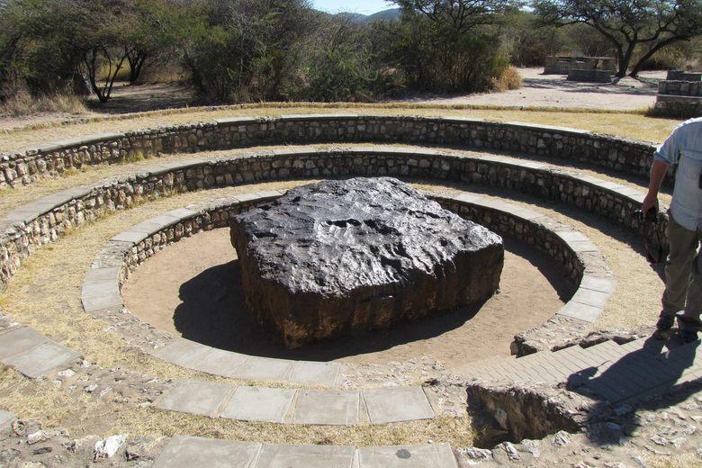 Meteorit Hoba Meteorit Paling Besar Dengan Berat 60 Tan Pernah Jatuh Ke Bumi 2