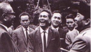 Sukarno Tertawa Selepas Terdengar Carutan 4 Huruf Daripada Tunku Abdul Rahman 3