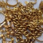 Curi Emas Untuk Biayai Kos Rawatan Ibu Bapa