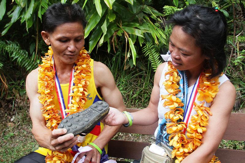'Adidas Kampung' Jaguh Setanding Kasut Berjenama Dunia 2
