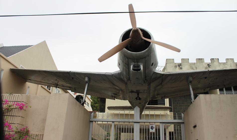 Kisah Sebalik 'Monumen' Kapal Terbang Yang 'Diparkir' Di Sebuah Rumah Di Cheras 2