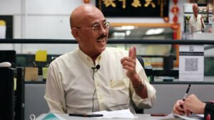 Wajibkan Pekerja Solat 5 Waktu Dan Tutup Aurat, Bos Cina Dipuji
