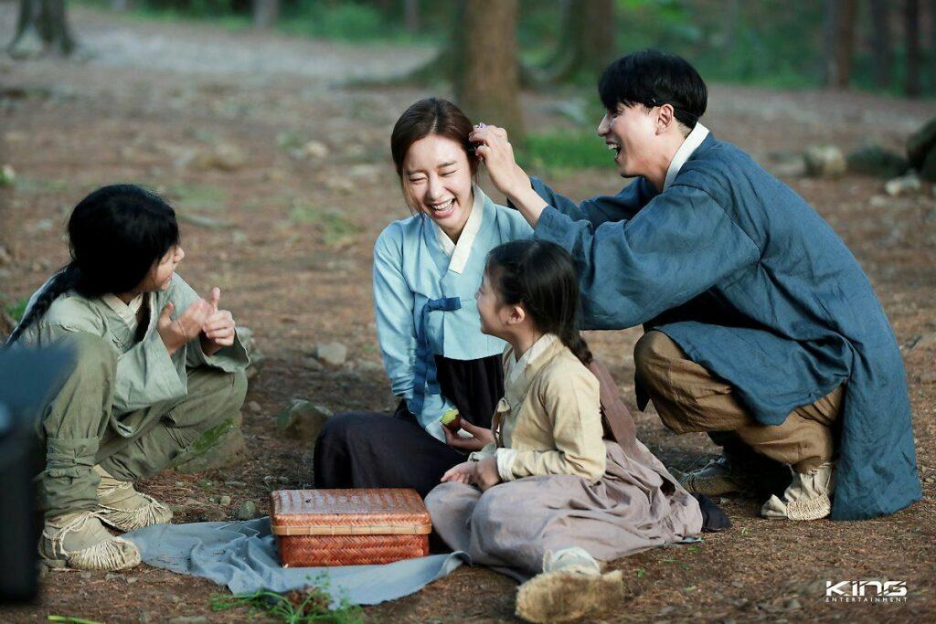 5 K-Drama Terbaik Dengan Konsep 'Time Travel' 1