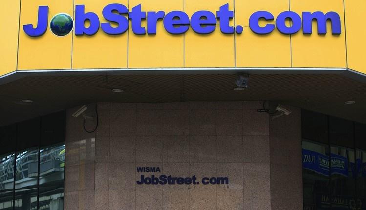 Selalu Kirim Emel Kepada Pencari Kerja, Ini Figura Di Sebalik Nama Lina Di Jobstreet 4
