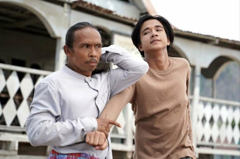 Tonton Yayan Ruhian Dalam Filem Tarung Sarung Yang Mengangkat Budaya Bertarung Cara Pahlawan Bugis