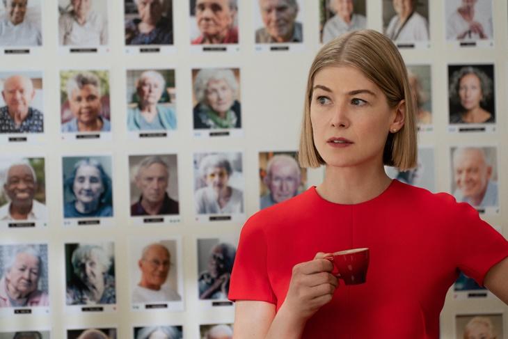 'I Care A Lot' Filem Psiko Amerika Yang Tengah Trending Di Netflix