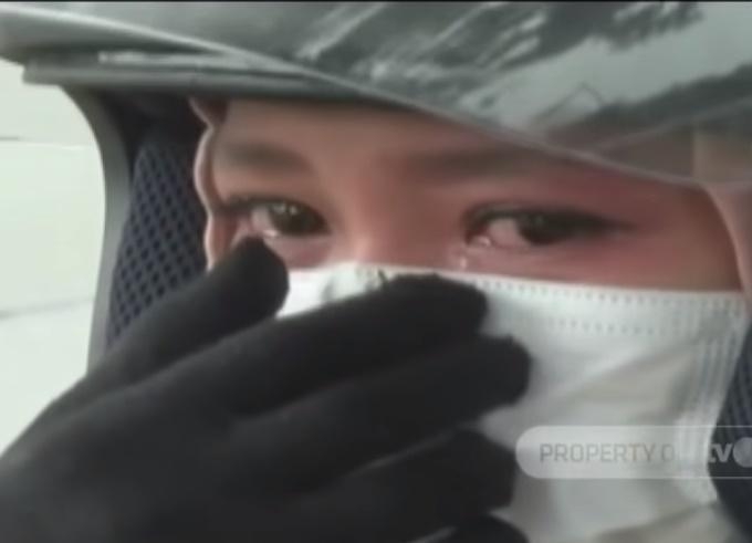 Menangis Ditahan Di 'Roadblock', Polis Akhirnya Benarkan Wanita Rentas Negeri
