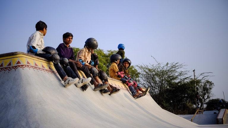 Bagaimana Filem 'Skater Girl' Berjaya Bina Taman Skateboard Di Kampung Ini Sebelum Penggambaran Tamat 1