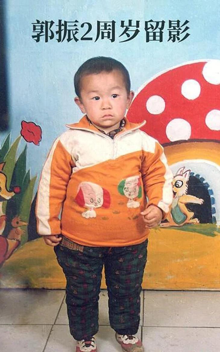 Kembara Hampir Ke Seluruh Pelosok Negara, Lelaki Ini Akhirnya Bertemu Semula Dengan Anaknya Yang Diculik Selepas 24 Tahun 3