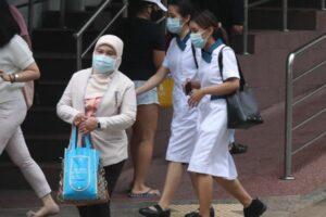 Jururawat Muslim Singapura Pakai Tudung