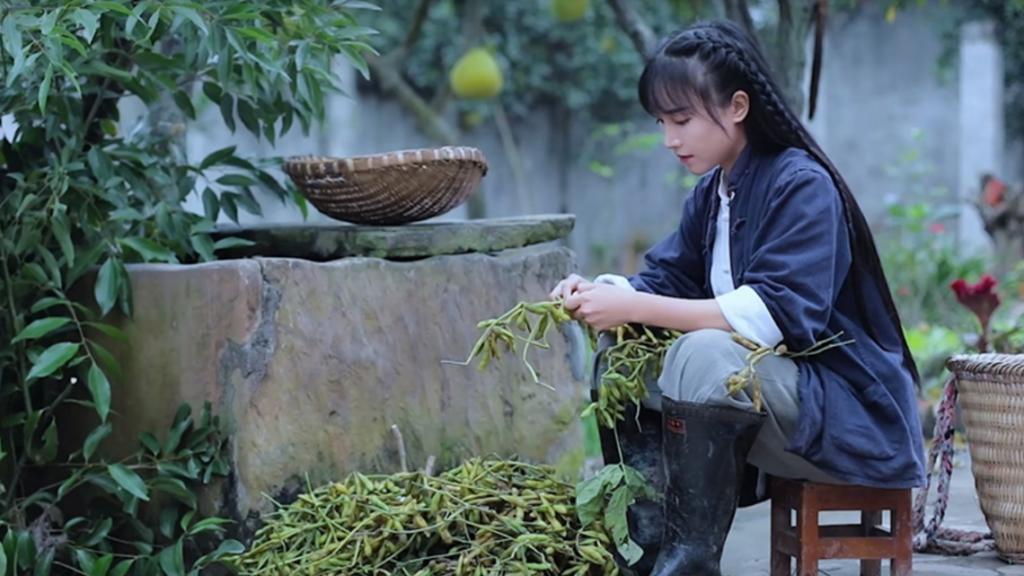 Kritik 'Kapital', YouTuber China Dengan Konten Kampung Pula Dilapor Hilang 2